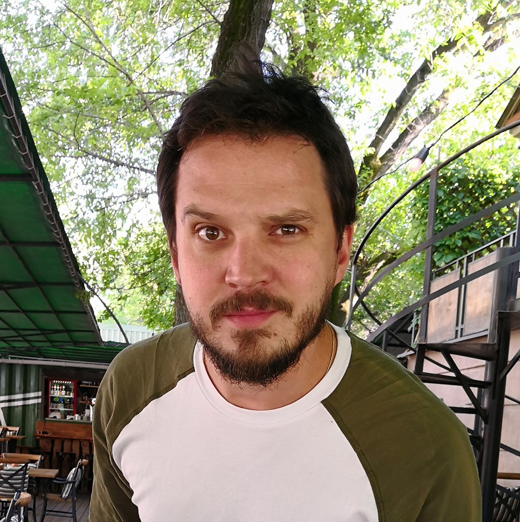 Денис Стародубцев
